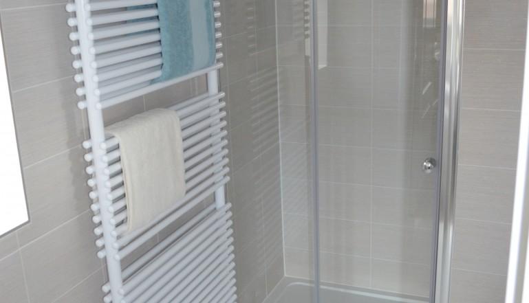 The Caliente towel rail in one of the en-suites